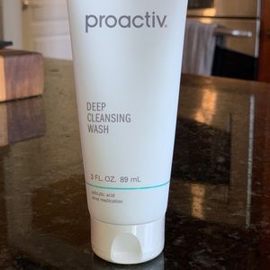 NEW Proactiv Deep Cleansing Wash
